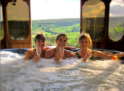 The Hot Tub at The Tree relaxation Retreat