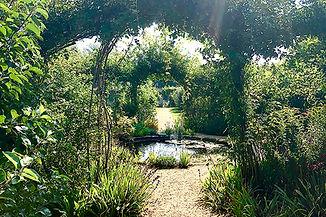Large Rural Gardens (1000px x 667px).jpg