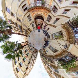 E BARCELONA 360 Puerta de La Paz IMG_607