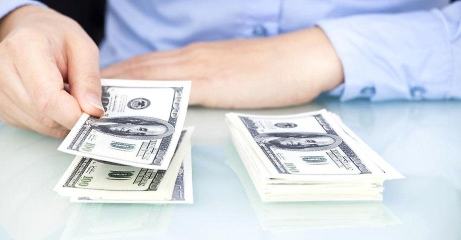 14375-woman-counting-money-bank-dollars-