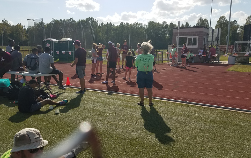Lining up for the Adult/Parent-Child 2X400-Meter Relay