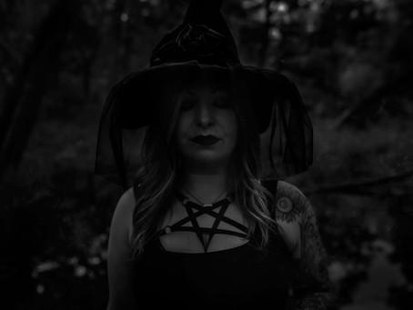 MN Witch Boudoir Halloween Shoot