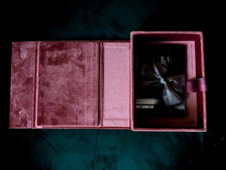 Product Spotlight: The Heirloom Box - Velvet - Glass