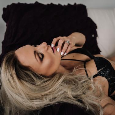 blonde-boudoir-gallery-mn