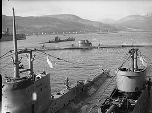 HMS_Graph,_HMS_Sturgeon,_HMS_Tigris,_P_4