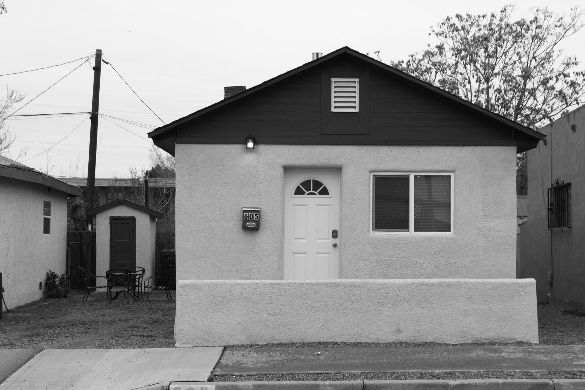 House 1, NM, US
