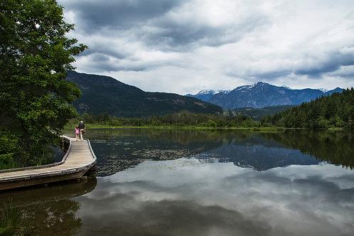 One mile lake promenade