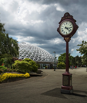 The clock is ticking, Queen Elizabeth park, Vancouver, Canada, 2016