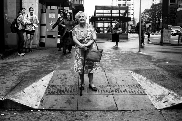 Crossing street, Sao Paulo, Brazil, 2014