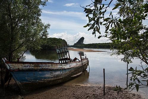 Broken boat, Krabi