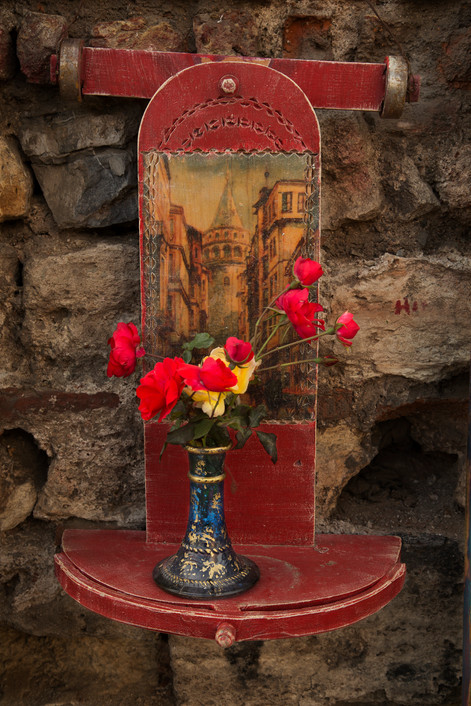 Random details, Street art flowers, Balat, Turkey, 2017