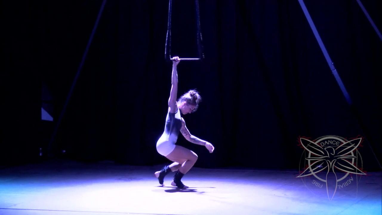 Clip-Circus-Trapeze-Tybee-HD 720p.mov