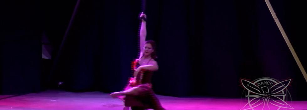 Clip-Circus-Straps-Ballet-HD 720p.mov