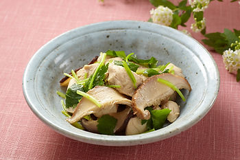 Shiitake and Chicken with Wasabi recipe