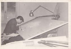 Paolo Baldetti al tavolo da disegno