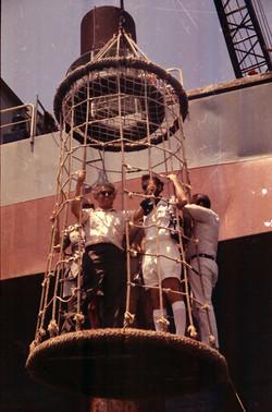 W. von Braun con F. Quintilli e S. Romano sul cestone della San Marco