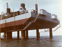 Prua piattaforma S. Marco, 1967.jpg