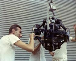 Prof. G. Ravelli e satellite SM-2, SMER, aprile 1967