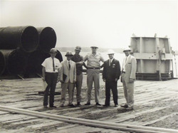 F. Esposito, N. Santoro e tecnici US, ponte futura SM, Charleston, South Carolina 1965
