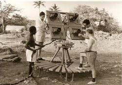 D. Grillo, M. Picciotti e S. Corbeddu a Shanzu Bay, 1964, op. lancio razzi sonda
