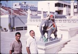 Ugo Di Girolamo e Tarcisio Mancosu - Tempio indù a Mombasa