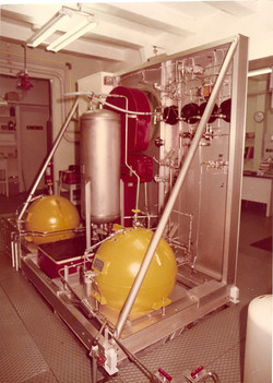 Nitrogen & Hydrogen Peroxide Tanks, Remote Fueling Unit.jpg