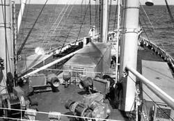 Gennaio 1967 oceano Atlantico prua della nave Galveston Merchant si vedono i tre