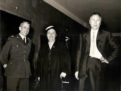 Il Prof. Luigi Broglio con la madre Margherita e il Col. A.M. Giuseppe Schepisi