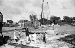 Orsi, Buongiorno, Mandini e Samantha, spiaggia Ngomeni, dhow 'Masalkheri', inizi 1967