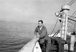 Febbraio 1967 Oceano Indiano Tom Parisi sulla Galveston merchant in navigazione