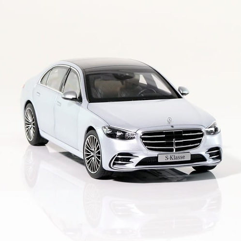 1:18 Modelauto Mercedes-Benz S-Klasse V223 hightechsilber