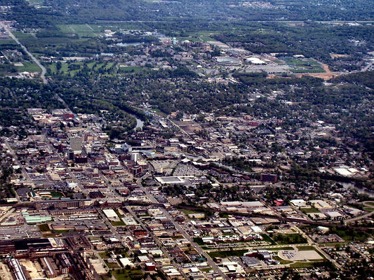 cityscape-overview-of-south-bend-indiana