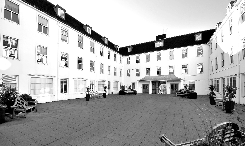 Calverley-House_Internal%202c_edited