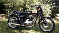 skinass - selles motos - kawazaki W650