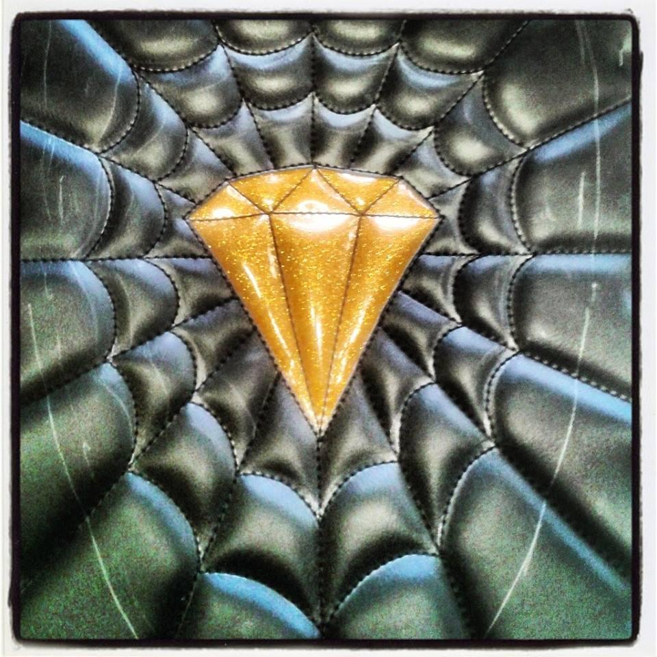 skinass_-_selles_motos_-_selle_diamant_détail_3