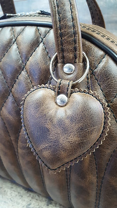 SkinAss cuir marron vintage matelassé / vintage brown quilted leather bag