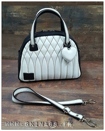 SkinAss cuir blanc et noir matelassé / white and black quilted leather b