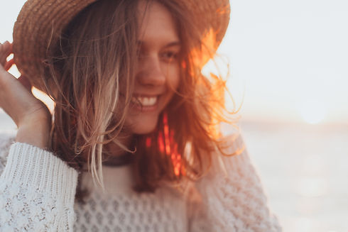 selective-focus-photo-of-woman-wearing-w