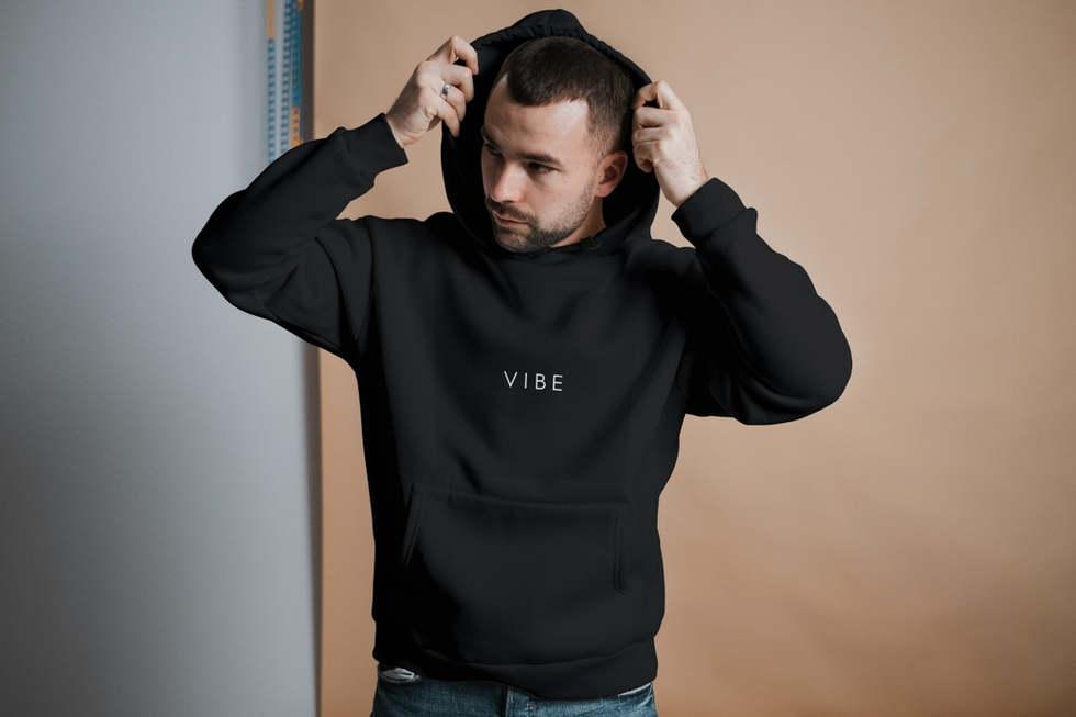 टोपी वाला स्वेटर