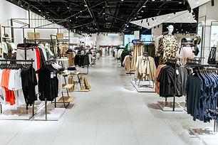 clothes-choice-in-clothing-store-nobody-GZEYV5V.jpg