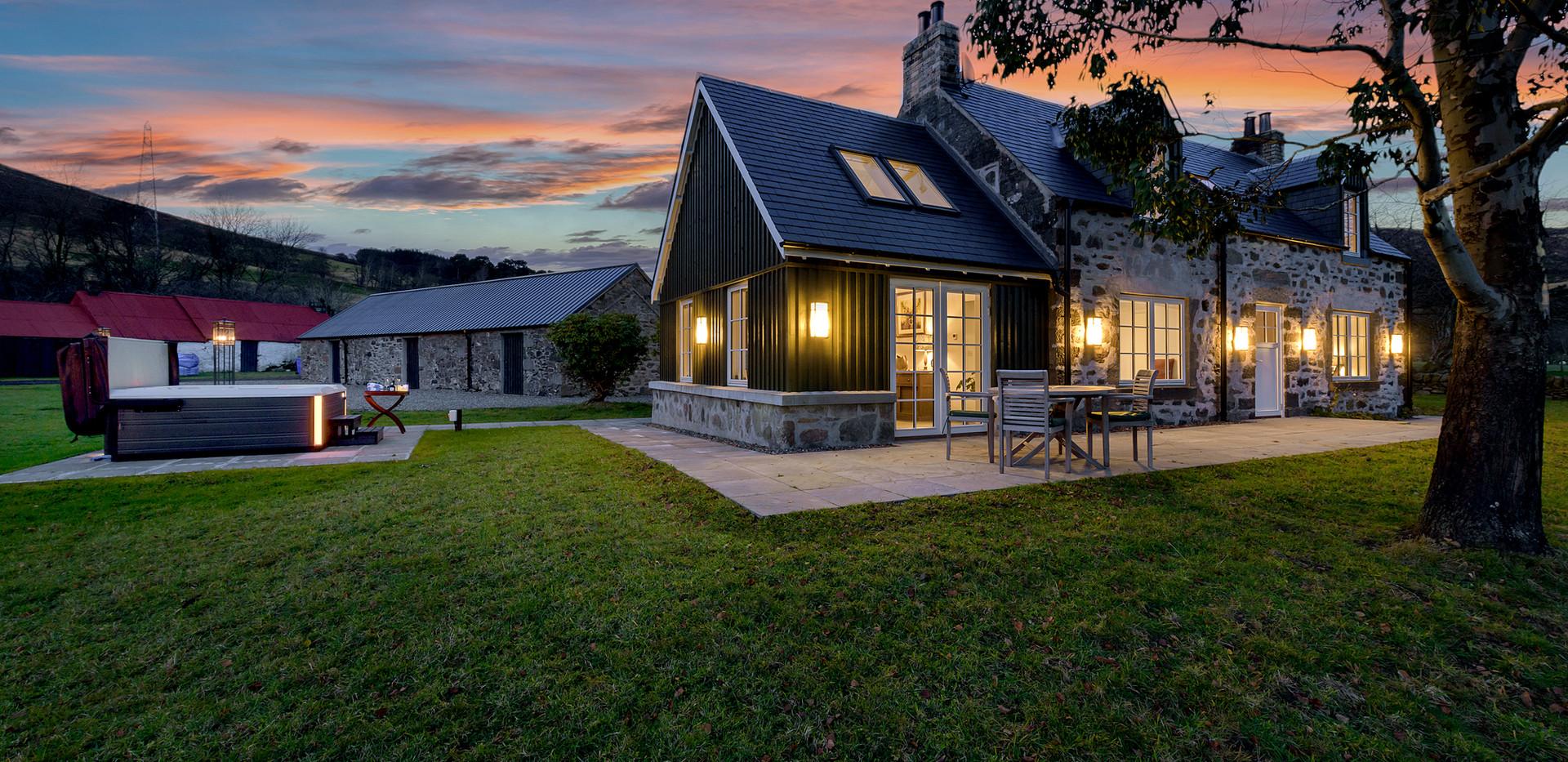 Dalveich Cottage