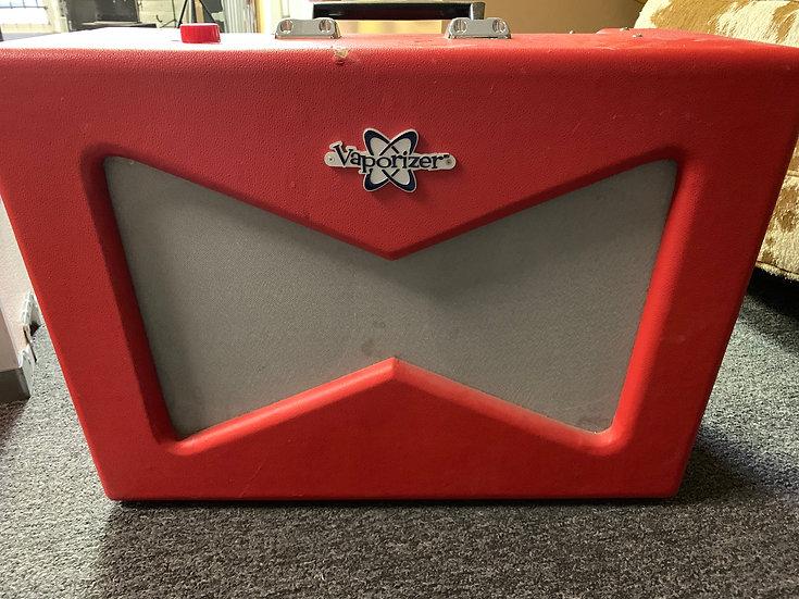 """Fender Vaporizer Pawn Shop Series 12-Watt 2x10"""" Combo Amp"""