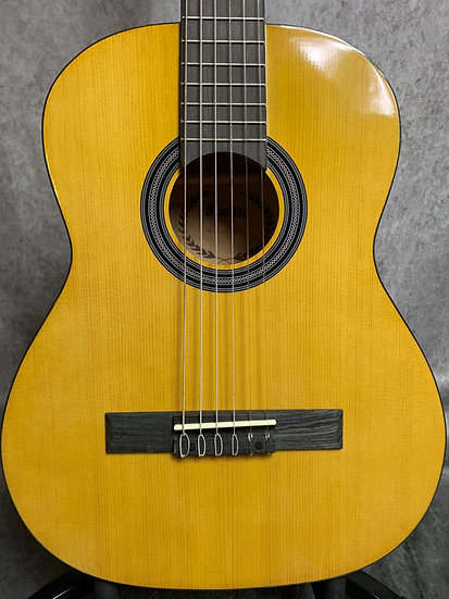 Sunlite 1/2 size Classical Guitar.