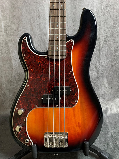 Fender Left Hand Squier Classic Vibe '60's Precision Bass