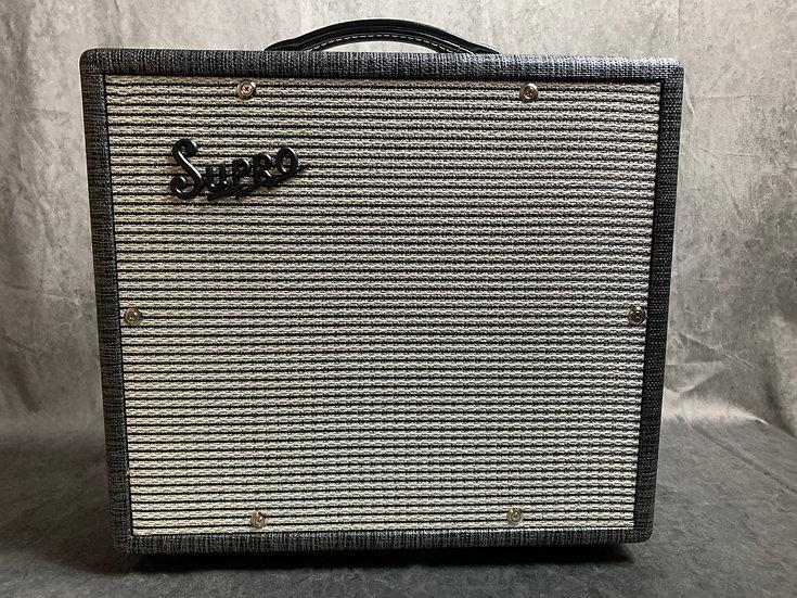 Supro 1600 Supreme tube amplifier