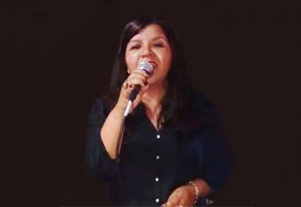 Neide Barros solta a voz e abre o coração neste sábado de Aleluia na Praça das Artes