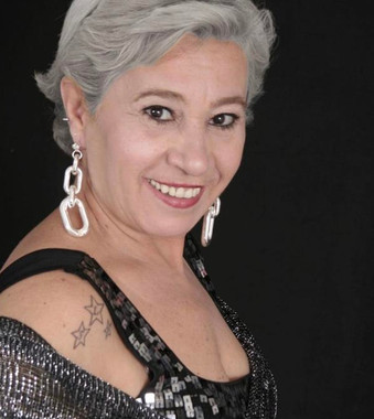 Lúcia de Maria - show brasileiríssimo  na Praça das Artes, no sábado 23 de fevereiro
