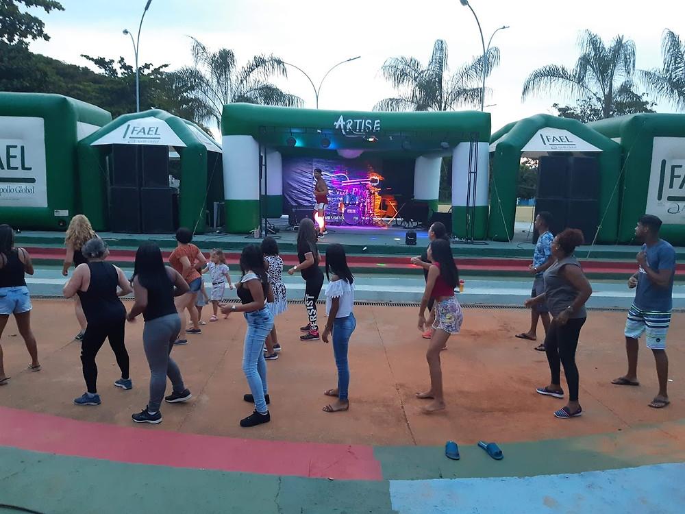 Aulas de Dança - Arte na Praça