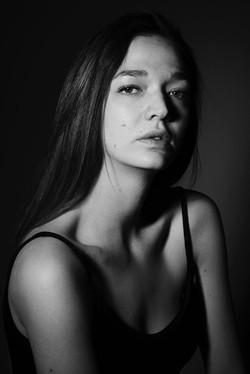 SARA DEVIGNON