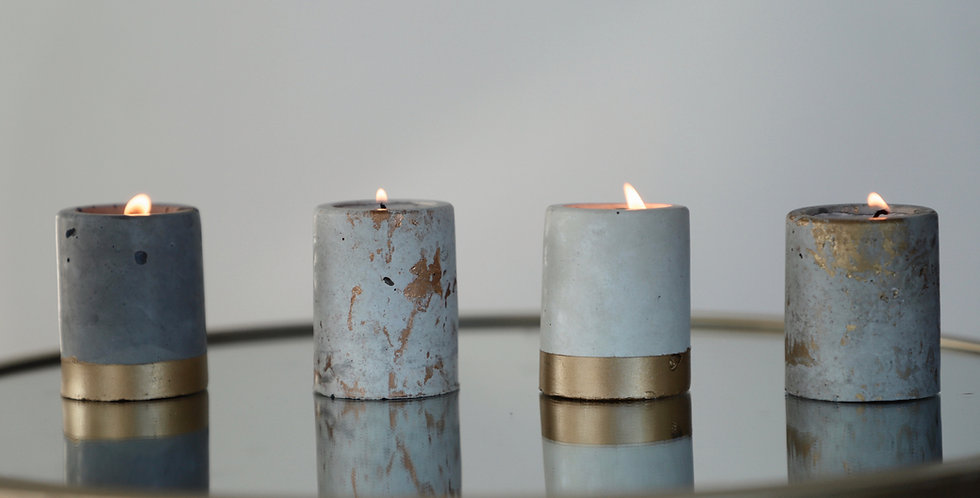 Sandalwood Amber - Mini Golden Concrete Candle